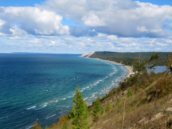 The resort is located just a day trip away from some of Michigan's most beautiful natural locations, including Sleeping Bear Dunes and Crystal Lake.