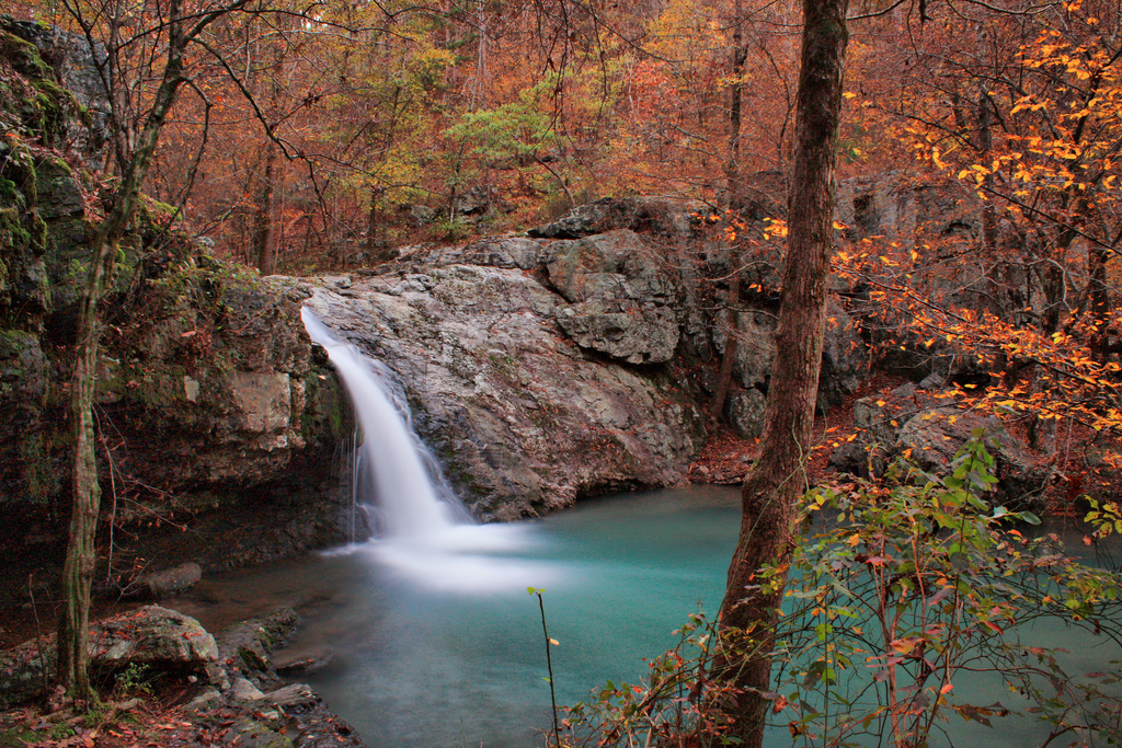 12 Enchanting Waterfalls In Arkansas To Visit This Fall