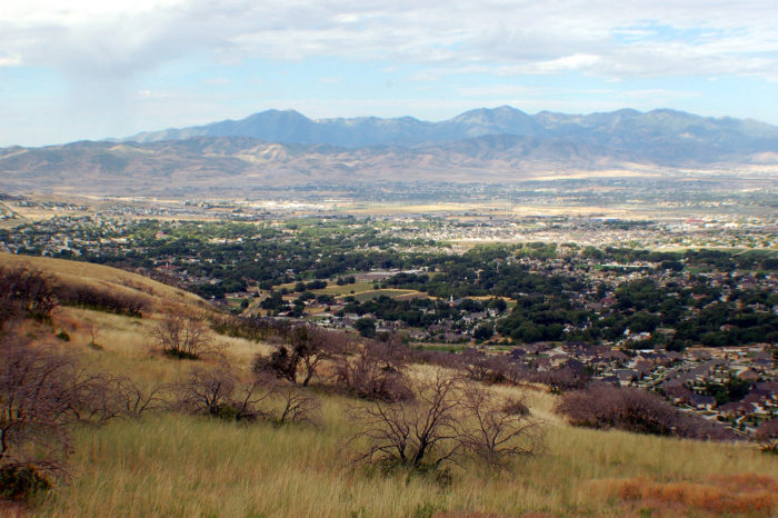 The Bonneville Shoreline Trail really captures the beauty of the Salt Lake Valley above Sandy.