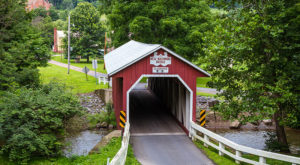 10 Beautiful Covered Bridges Near Pittsburgh That Remind Us Of A Simpler Time