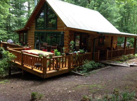 8. Toccoa River Cabin—Suches, Georgia