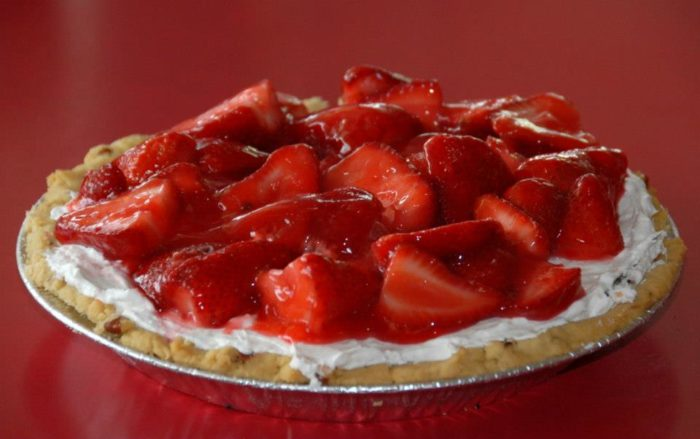 Any place that serves up delicious fresh-looking desserts like this deserves our attention . . .