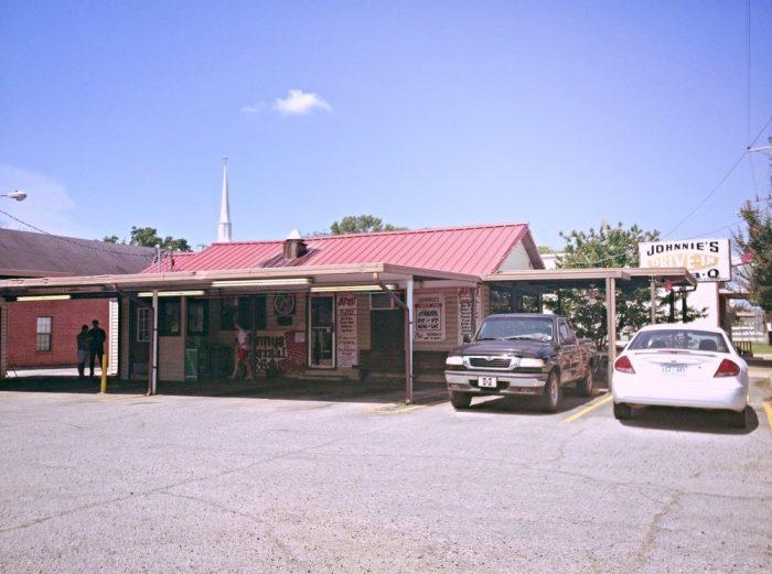 5. Johnnie's Bar-B-Q Drive-In, Tupelo