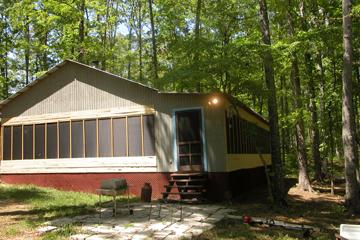 6. Walshtown Retreat Cabin, Myrtle