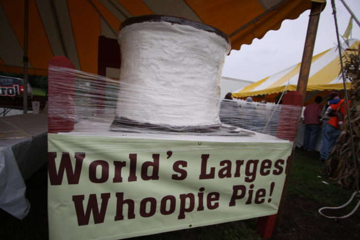 Victory In Pennsylvania >> The History Of The Delicious Whoopie Pie Dessert In Maine