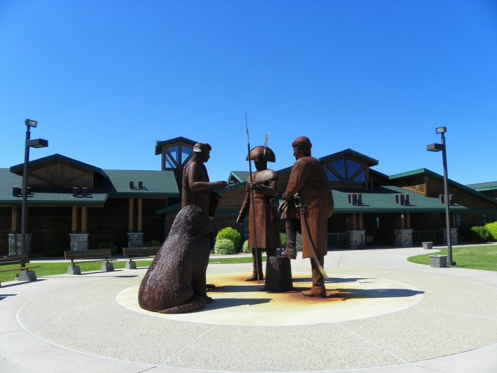 One of the main local attractions is the Lewis and Clark Interpretive Center.