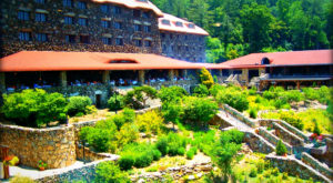 This Restaurant In North Carolina Is Located In The Most Unforgettable Setting