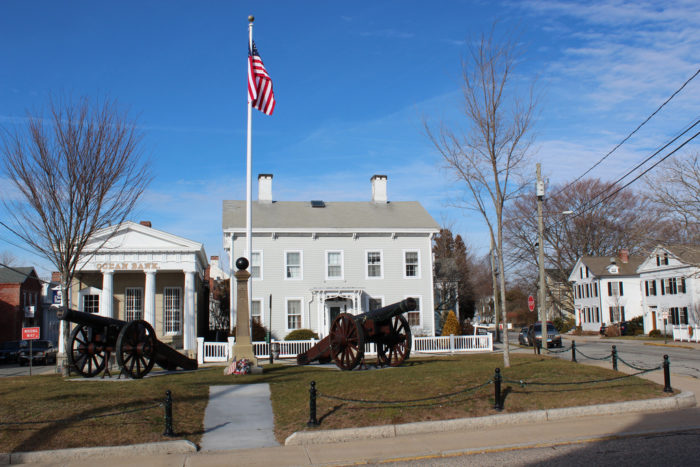 The majestic Stonington allows you to escape the city and avoid crowds as you stroll through the town. You'll smell the salt in the air, and immediately feel transported through time. No outlet stores, overpriced vacation spots, or chain restaurants. This place is pure bliss!