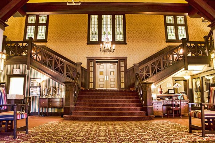This Historic Resort Near Pittsburgh Promises A Perfect