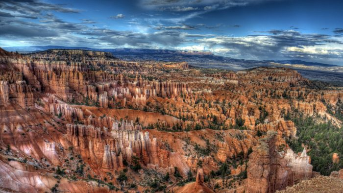 From incredible formations and staircases to the unforgettable hoodoos, there's no denying that Sunrise Point is one of the most beautiful views you'll ever soak in.