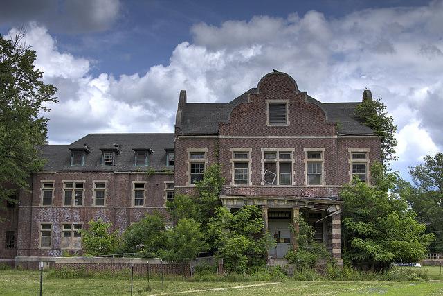 8. Pennhurst State Hospital and School – Spring City