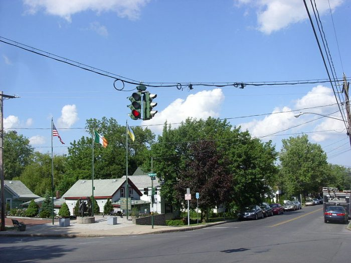 Surrounded with local legend and drawing in curious visitors, believe it or not there is actually an upside-down traffic light in Syracuse.