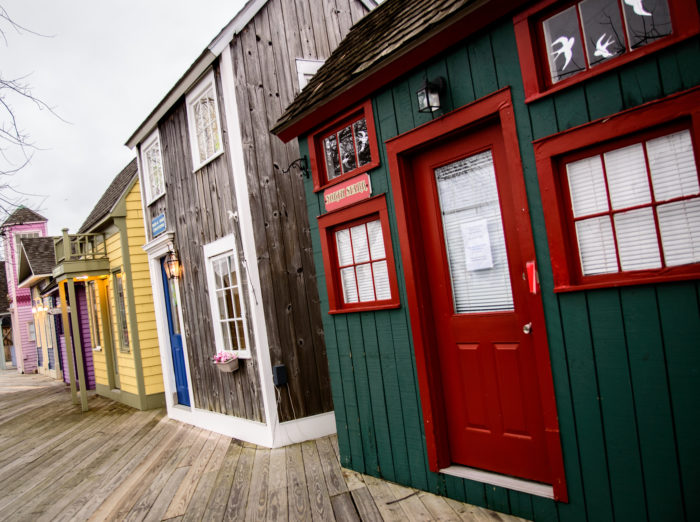 The maritime and amusement center has colorful 17th-century buildings lining the boardwalk, making for a one of a kind shopping experience. You'll be able to snag some cool specialty items here, including some unique jewelry pieces.