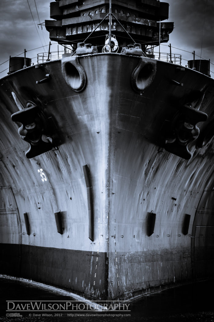 In World War II, although she was much older by then, she led the Navy to many victories with her state-of-the-art equipment and infrastructure.