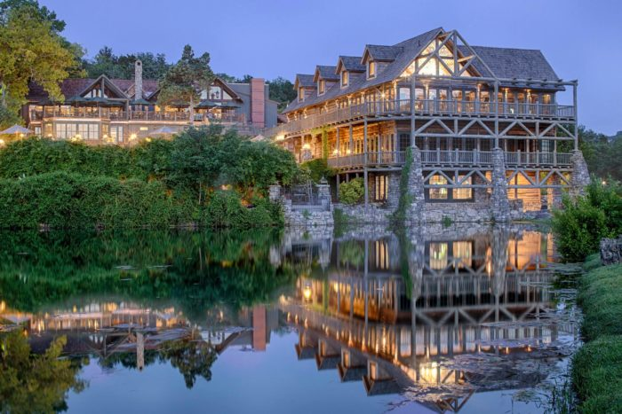 The Most Beautiful And Luxurious Resort In Missouri