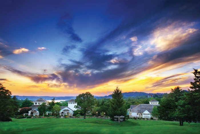 Lake Ozark Missouri >> The Most Beautiful And Luxurious Resort In Missouri