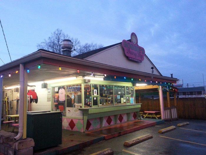 8. Bobbie's Dairy Dip - West Nashville