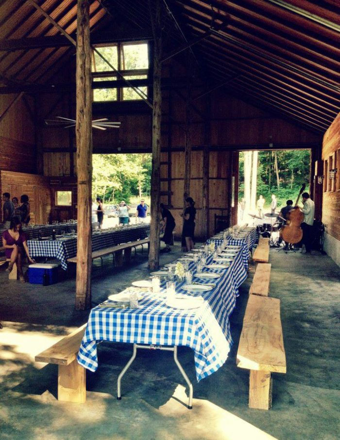 Be prepared to make some new friends. The long picnic tables will have you side-by-side with other patrons in true community-style dining.