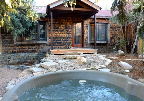 8. The Cabins At Country Road (Evergreen)