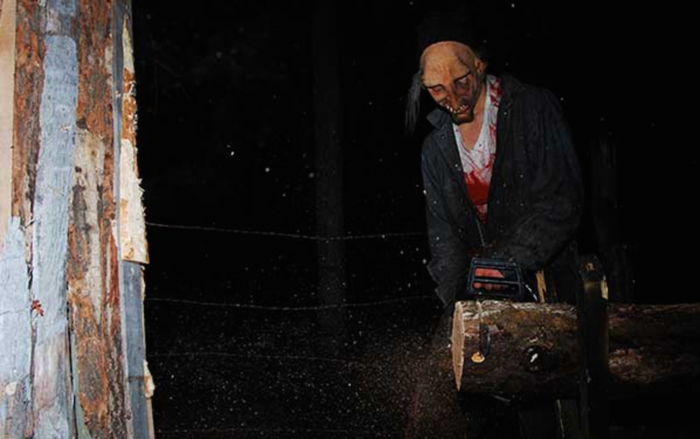 If you make it through the asylum in one piece, your next and final stop is Site 66, a haunted cornfield. If you're brave enough to enter, you'll have to face down the in-your-face horror of the chainsaw maze. Will you find your way out alive?