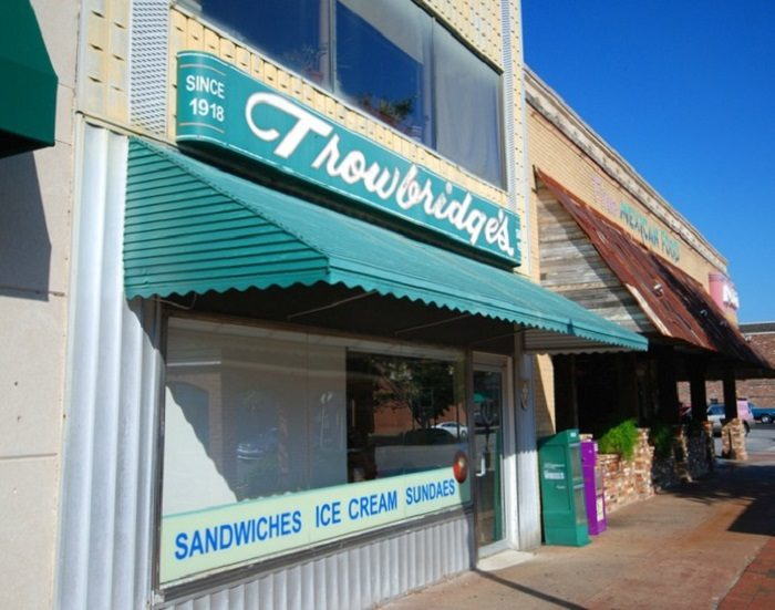 10. Trowbridge's (Orange-Pineapple Ice Cream) - Florence, AL