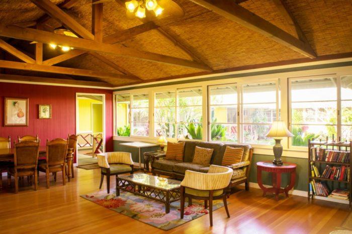 For charming accommodations: Kohala Village Inn