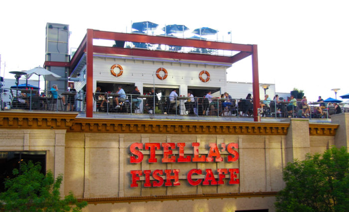 11 restaurants in minnesota with the best seafood ever for Stellas fish cafe