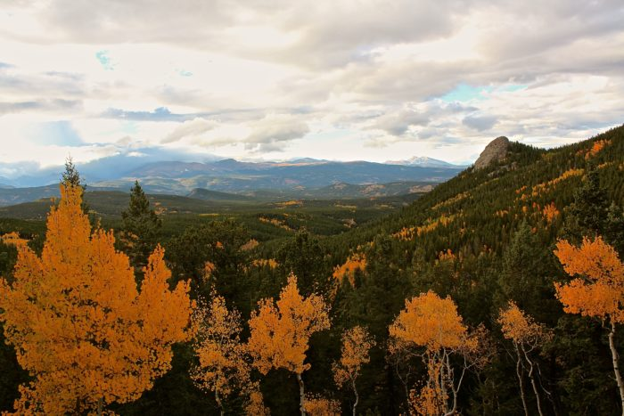 Round the corner and BAM!  Feast your eyes on brilliant aspens, charming valleys, and magnificent peaks.
