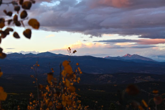 Pro Tip: If you time your journey just right, after your hike you can drive back up to Panorama Point and be privy to a lovely Rocky Mountain sunset.