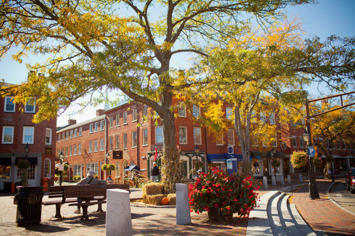 Newburyport is a great destination in any season, but it truly shines in the fall. It was founded in 1764, and is situated where the Merrimack River meets the Atlantic Ocean.