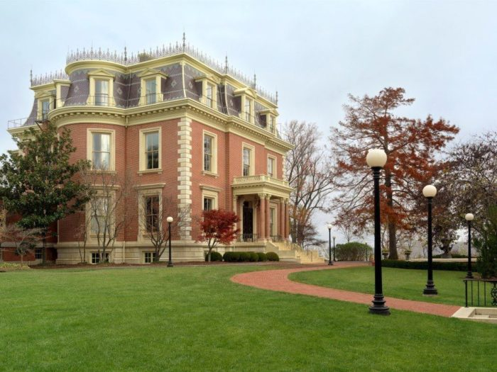 6. Governor's Mansion - Jefferson City