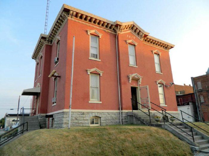 Old Hartford City Jail