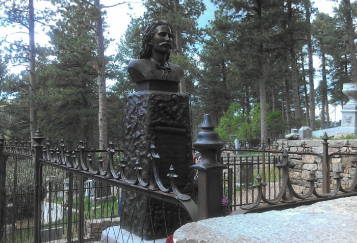 """James """"Wild Bill"""" Hickok and his acquaintance Martha """"Calamity Jane"""" Canary are the most well-known figures resting in this cemetery."""