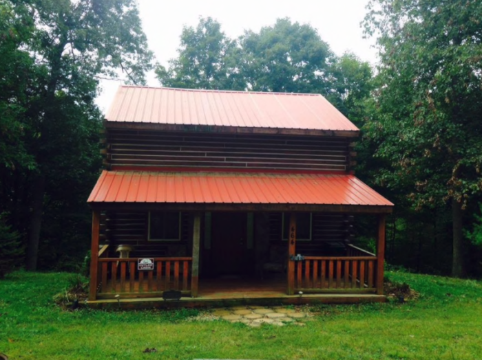 11. Outlaw Cabin at Smoke Rise Ranch (Glouster)