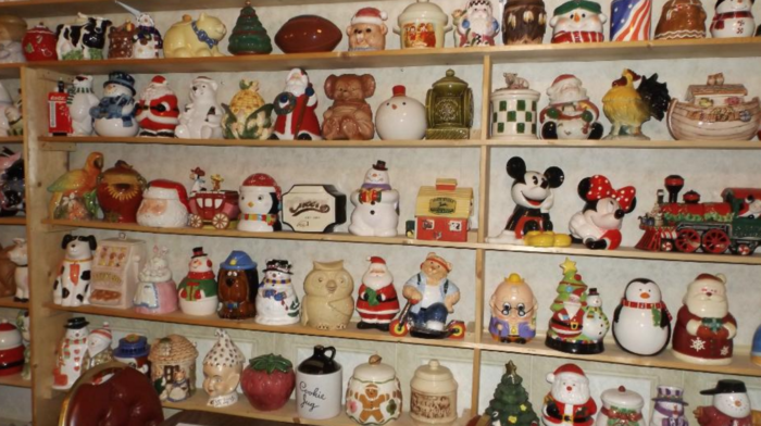 Although the massive cookie jar collection is definitely one of the diner's more notable characteristics, it's really the delicious food and family atmosphere that sets Fuller's apart.