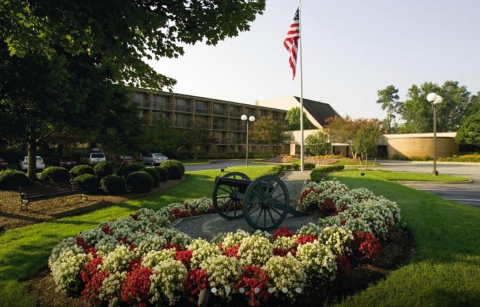 2. Fort Magruder Hotel & Conference Center (Williamsburg)