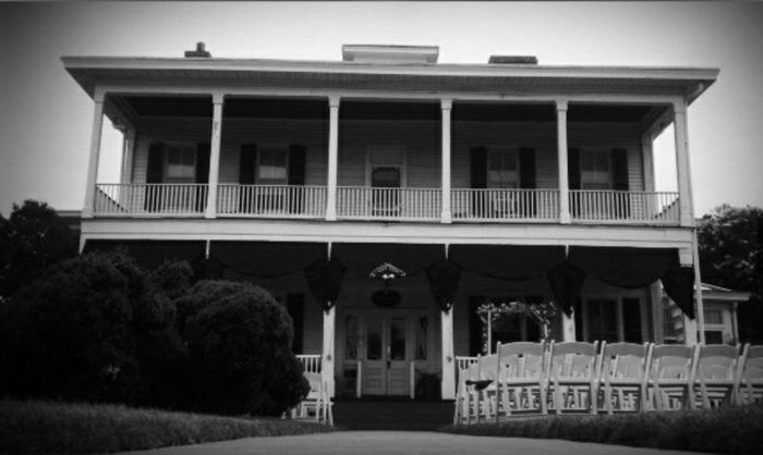 3. The Boxwood Inn (Newport News)