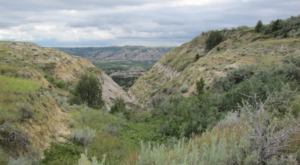 The Unrivaled Canyon Hike In North Dakota Everyone Should Take At Least Once