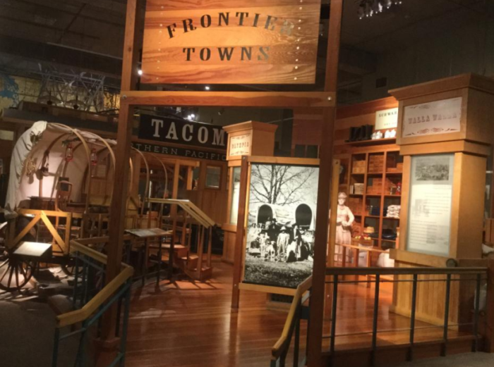 The museum's permanent exhibits tell the story of Washington's history, highlighting the characters and events that have had an impact on our growth.