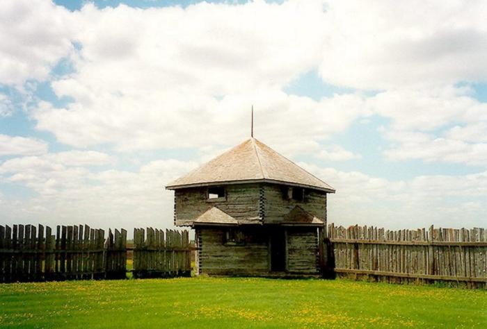 2. Fort Abercrombie