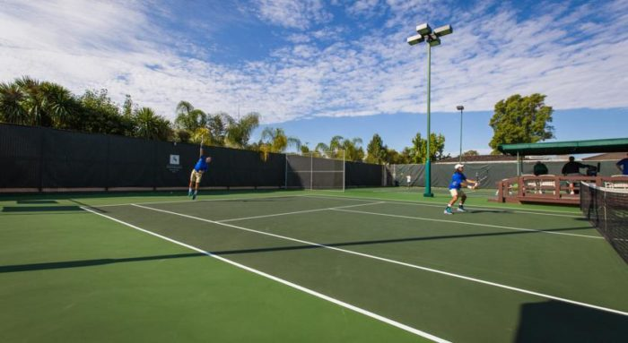 If you prefer to stay active then take advantage of a world-class fitness center featuring 10 tennis courts. Play in style!