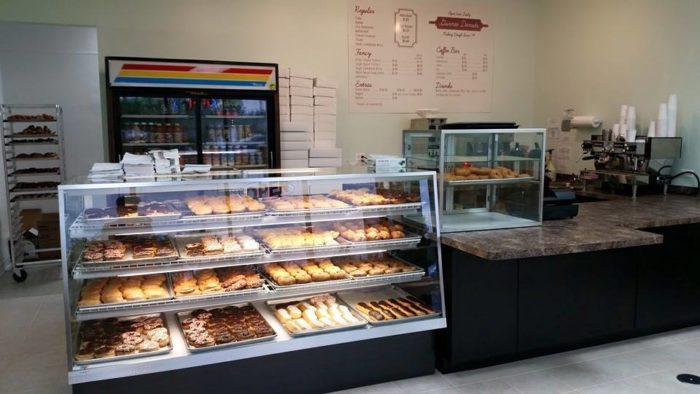5. Gurnee Donuts