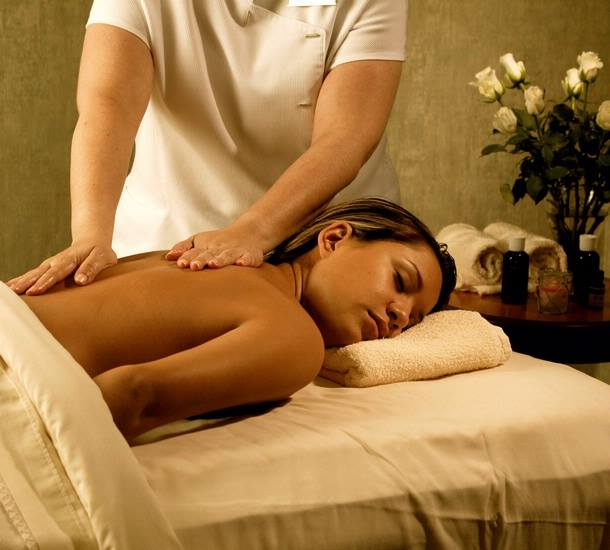 But having your eyes closed might be the best way to spend your time here, as you get a phenomenal massage from their skilled technicians.