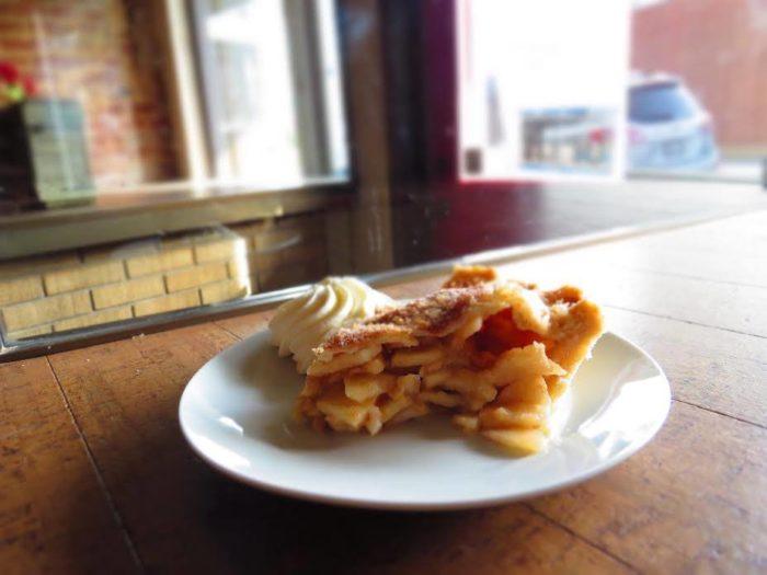 3. Eat delicious pie.