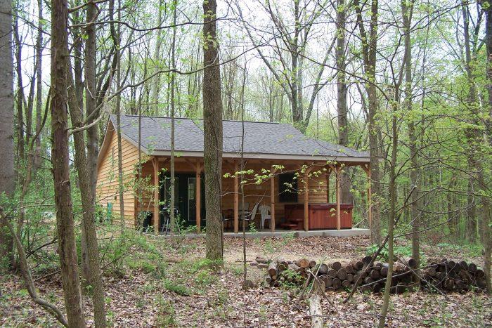 2. Oak Grove Cabins