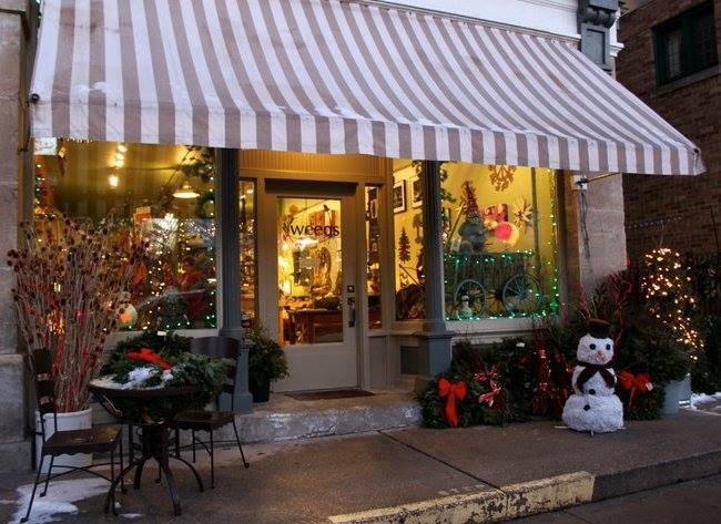 There are loads of shops around, many of which have seasonal gifts.