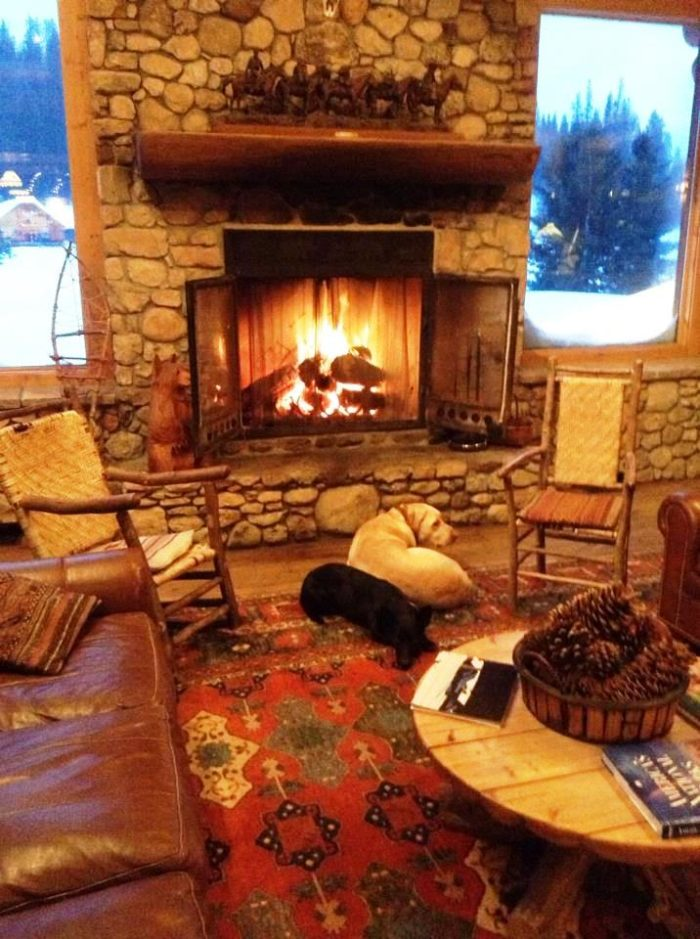 Sit back and relax at one of the four cozy fireplaces. Sit by the fire and read a book,  socialize or enjoy a beverage of your choice.