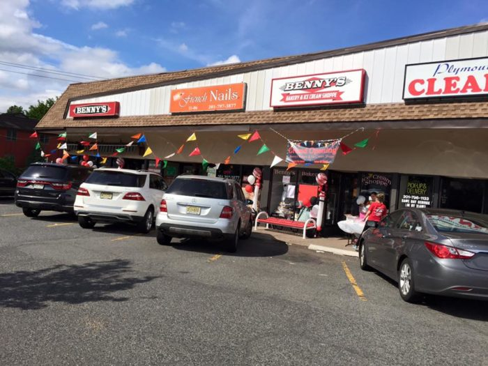 11. Benny's Luncheonette, 11-04 Saddle River Road, Fair Lawn