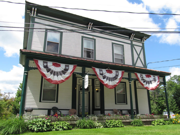 Take in the early 19th-century architecture of the Broad Street Historic District.