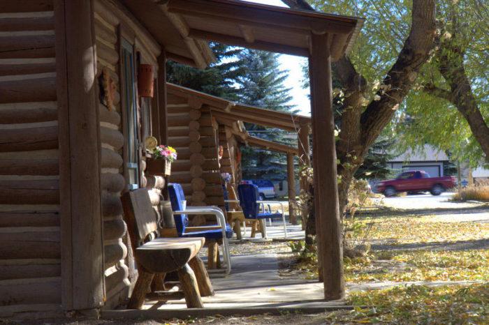 11. Vista Court Cabins & Lodge (Buena Vista)